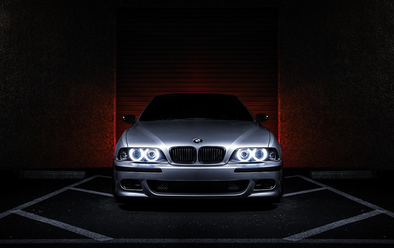 Фотографии BMW E39 540i Серебристый Машины Спереди БМВ Авто Автомобили