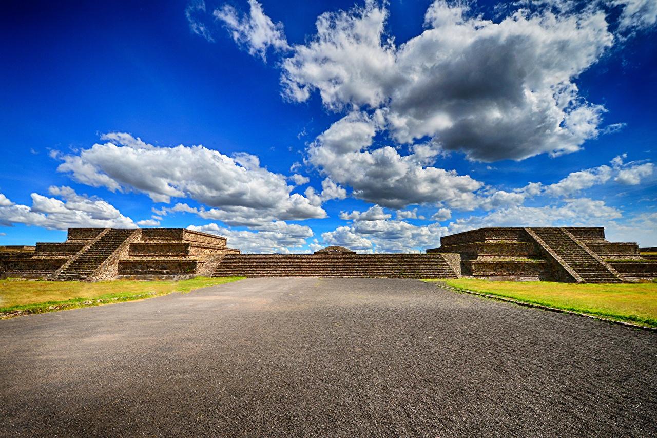 Фото Мексика Teotihuacan Небо город облачно Облака облако Города