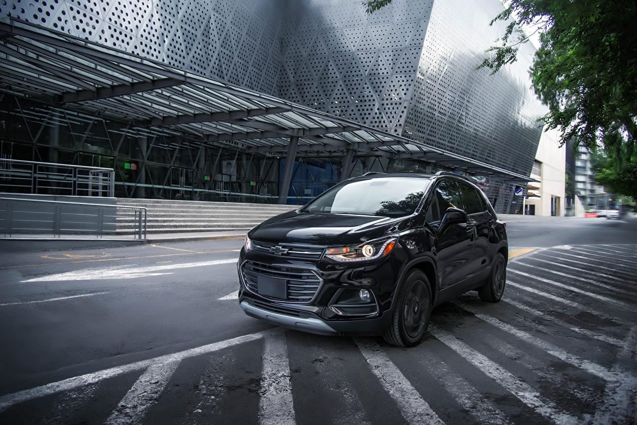 Фото Chevrolet 2018 Trax Premier Midnight MX-spec черные Авто Металлик Шевроле черных Черный черная Машины Автомобили