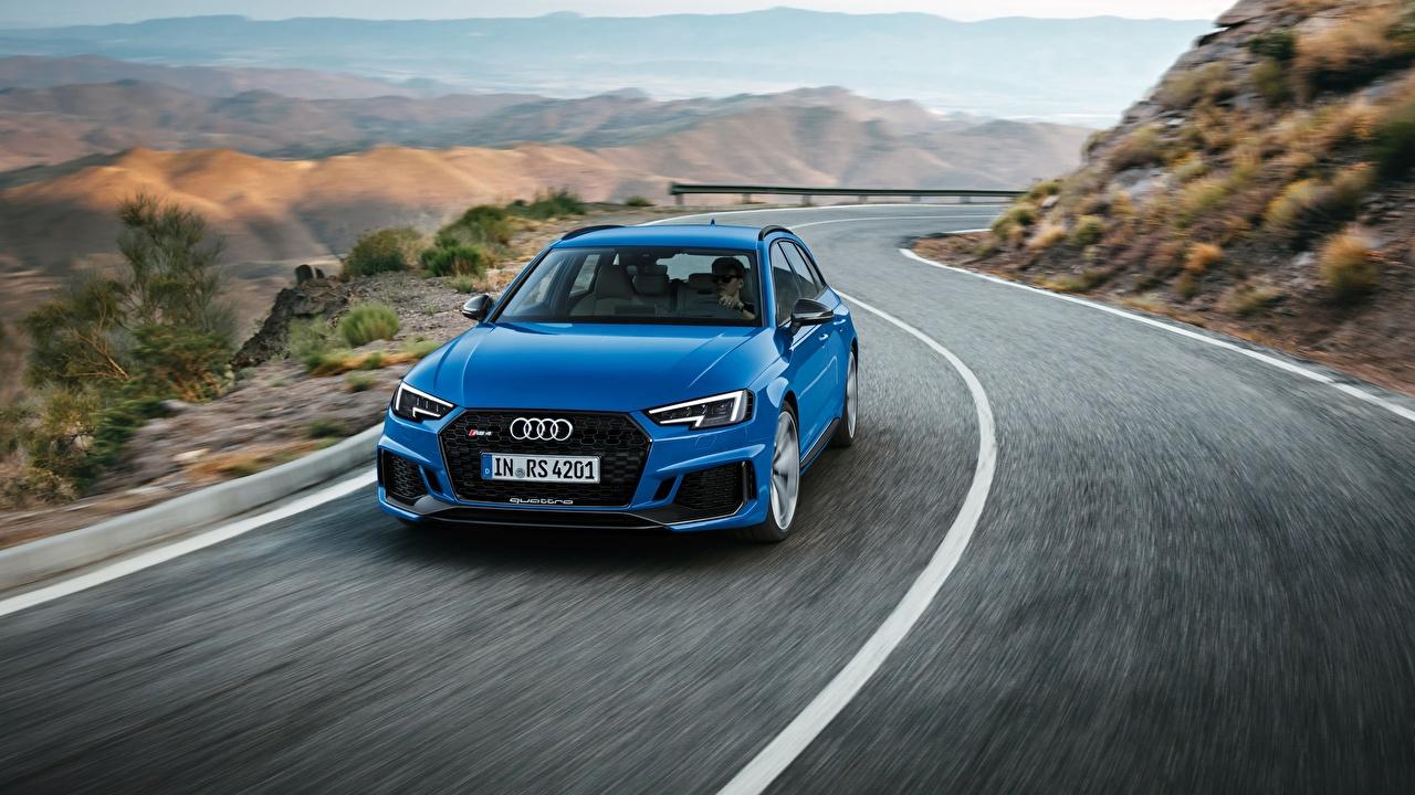 Фотографии Ауди Универсал Avant 2018 RS4 синяя скорость машина Audi синих синие Синий едет едущий едущая Движение авто машины автомобиль Автомобили