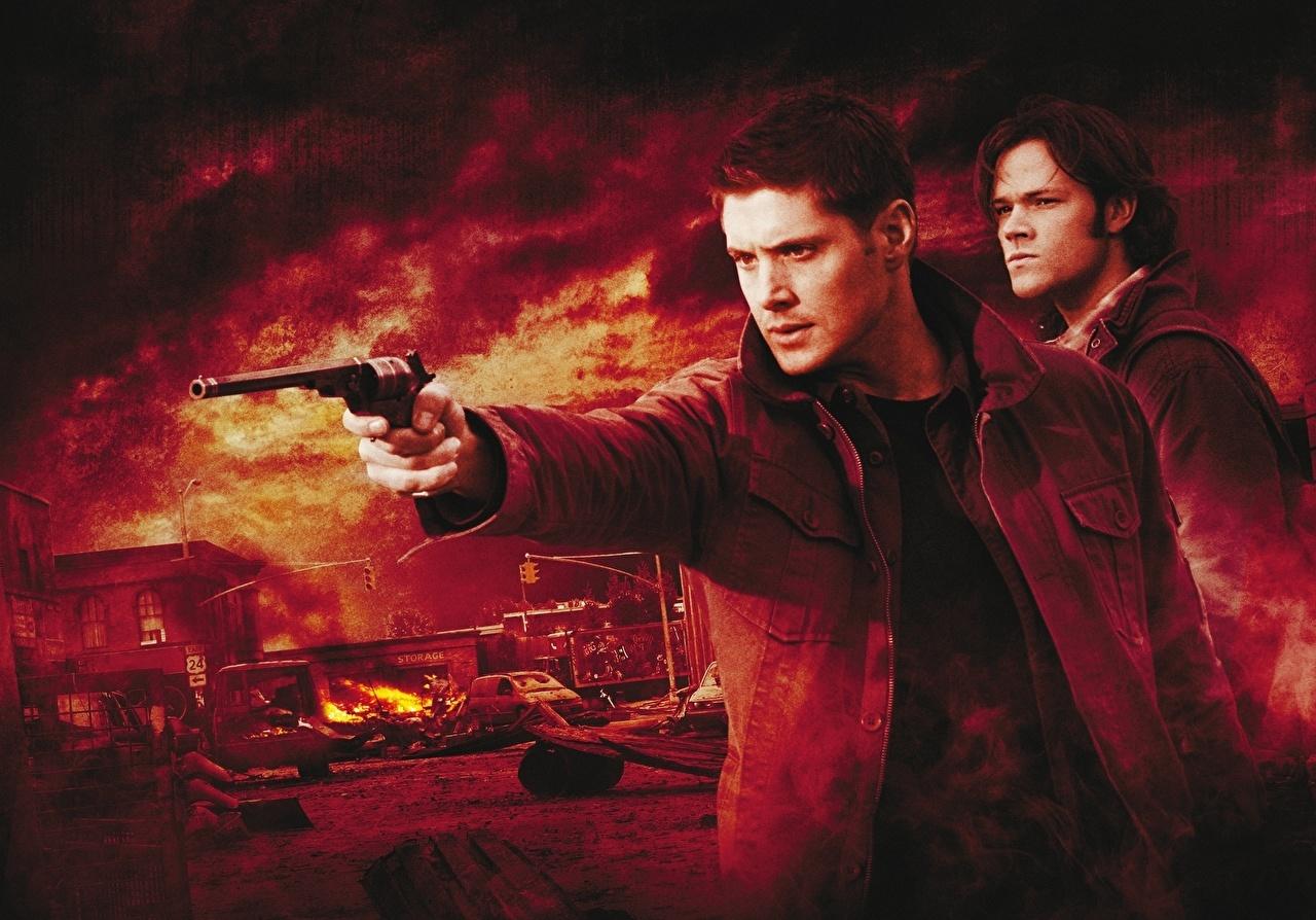 Картинки Сверхъестественное Jensen Ackles куртках кино Дженсен Эклс куртке куртки Куртка Фильмы