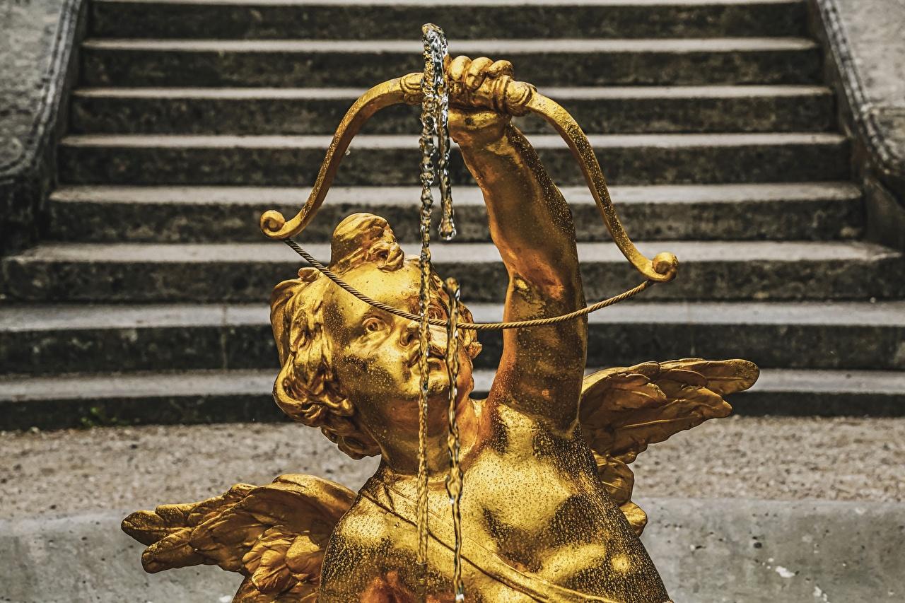 Фотография Лук оружие Золотой лестницы Ангелы Скульптуры луком золотых золотая золотые Лестница ангел скульптура