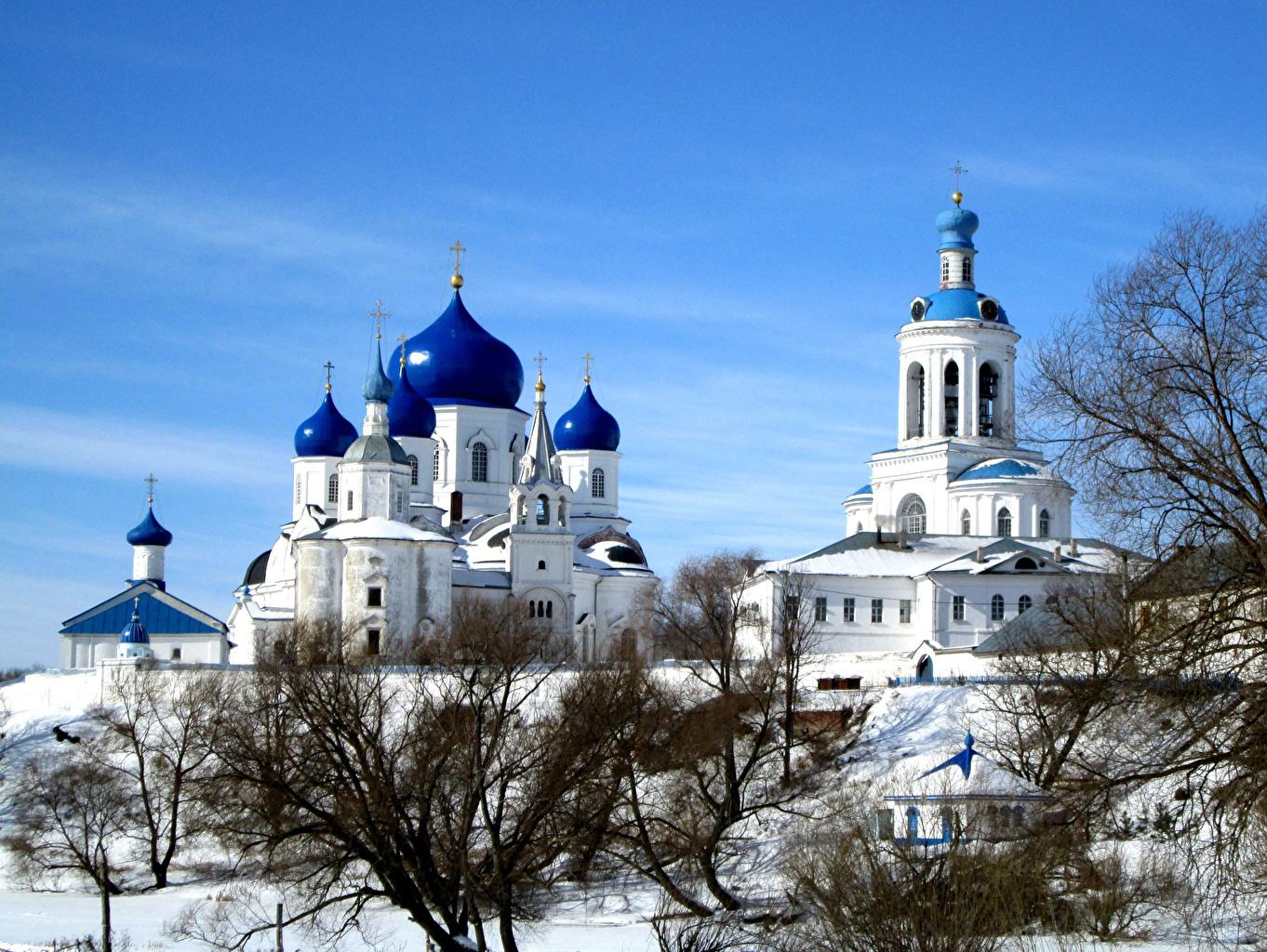 Фотографии Монастырь Россия Bogolyubsky convent Suzdal зимние Храмы Города Зима