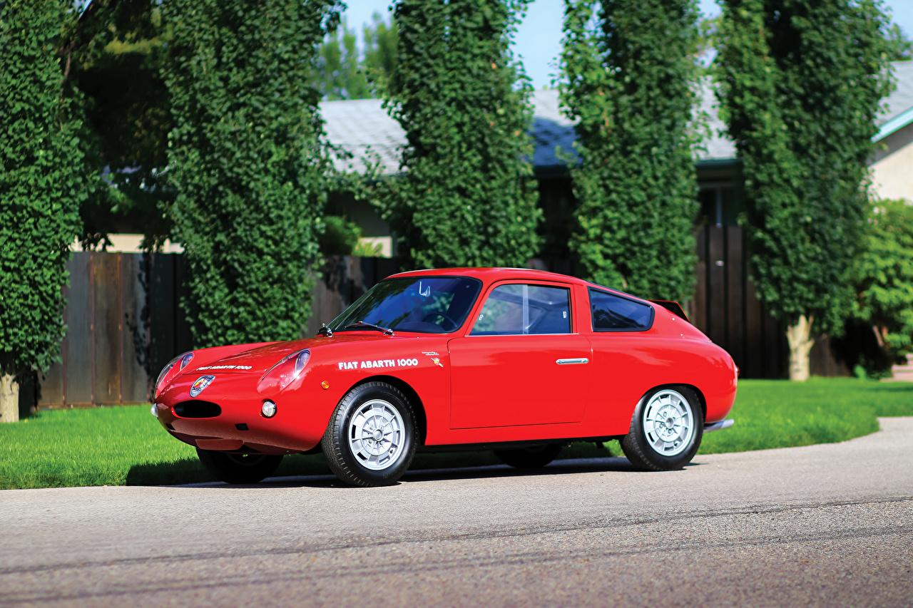 Обои для рабочего стола Фиат 1961-63 Abarth 1000 GT Bialbero Ретро Красный машина Металлик Fiat винтаж красная красные красных старинные авто машины Автомобили автомобиль