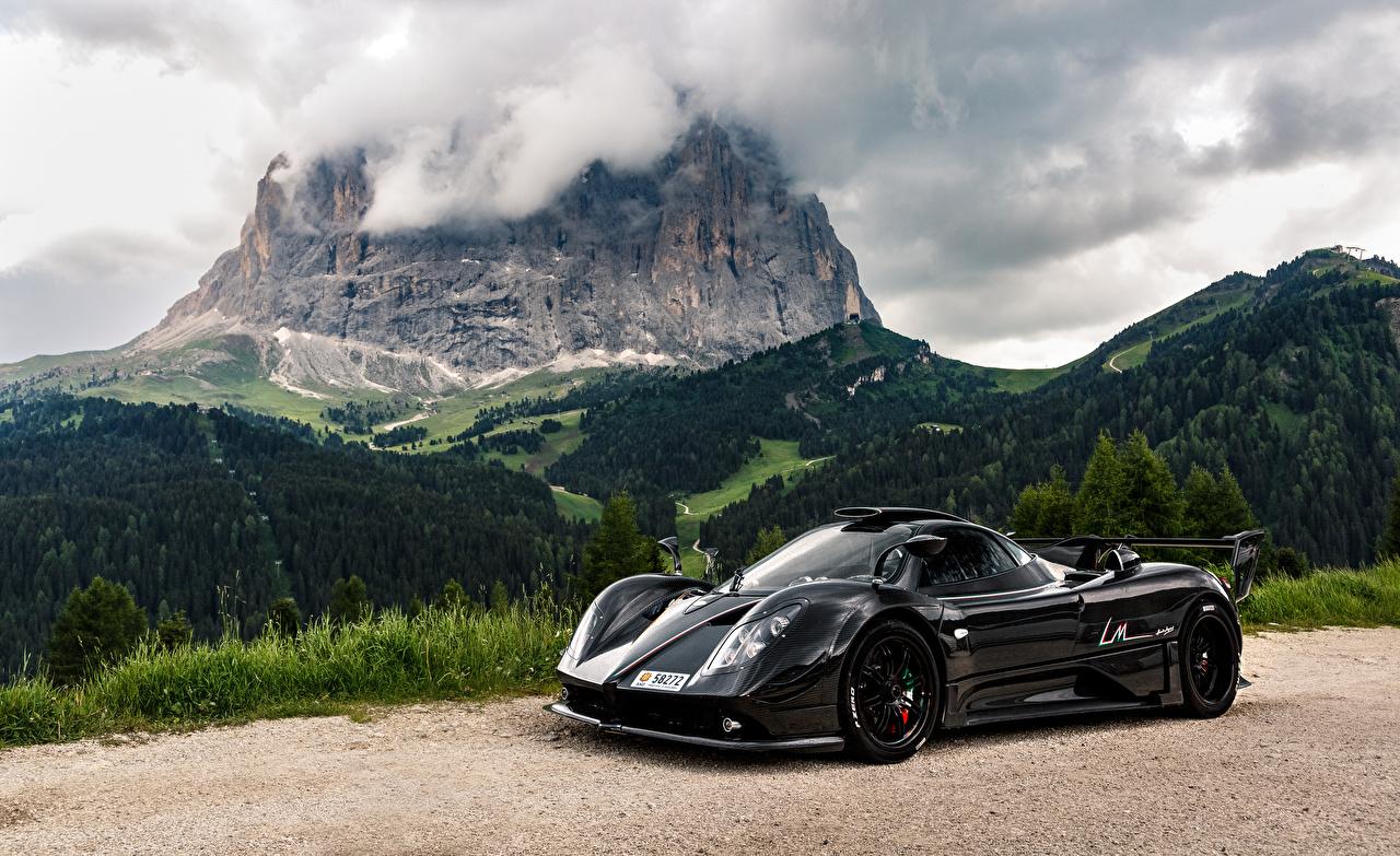 Фотография Pagani карбоновая 2014 Zonda 760 LM Черный Металлик Автомобили Пагани Карбон карбоновый карбоновые Углепластик черная черные черных авто машины машина автомобиль