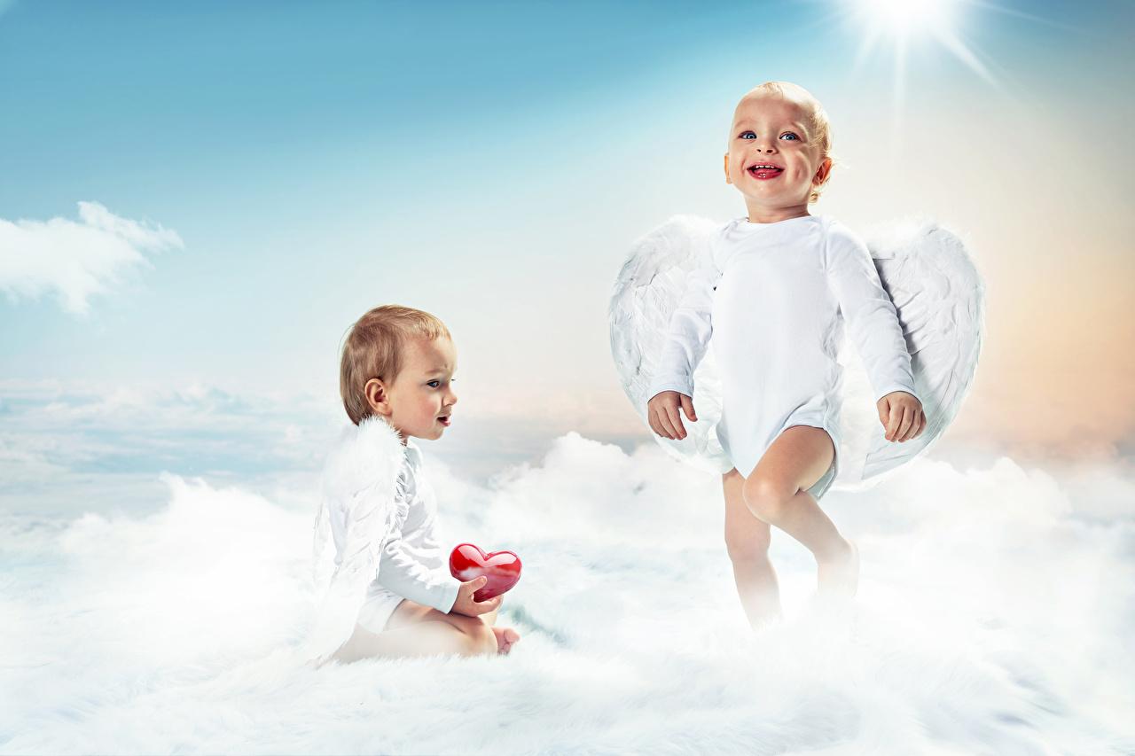 Картинки грудной ребёнок Сердце улыбается Крылья ребёнок 2 Ангелы младенца младенец Младенцы серце сердца Улыбка сердечко Дети две два Двое вдвоем ангел