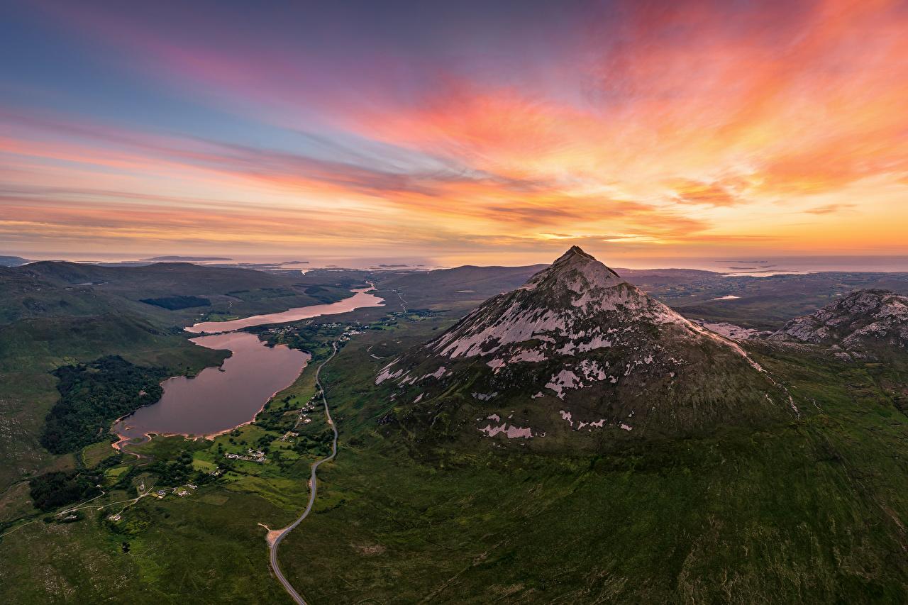 Фотографии Ирландия Errigal Mountain гора Природа Небо рассвет и закат Сверху Горы Рассветы и закаты