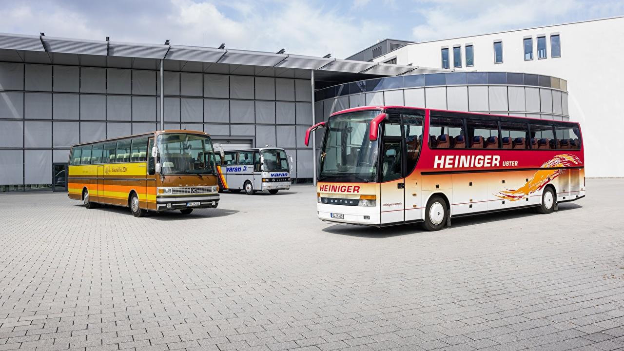 Фотографии Автобус Setra, S 210 HD, S315, S 215 HD паркинг авто втроем стоянка Парковка парковке припаркованная три Трое 3 машины машина Автомобили автомобиль