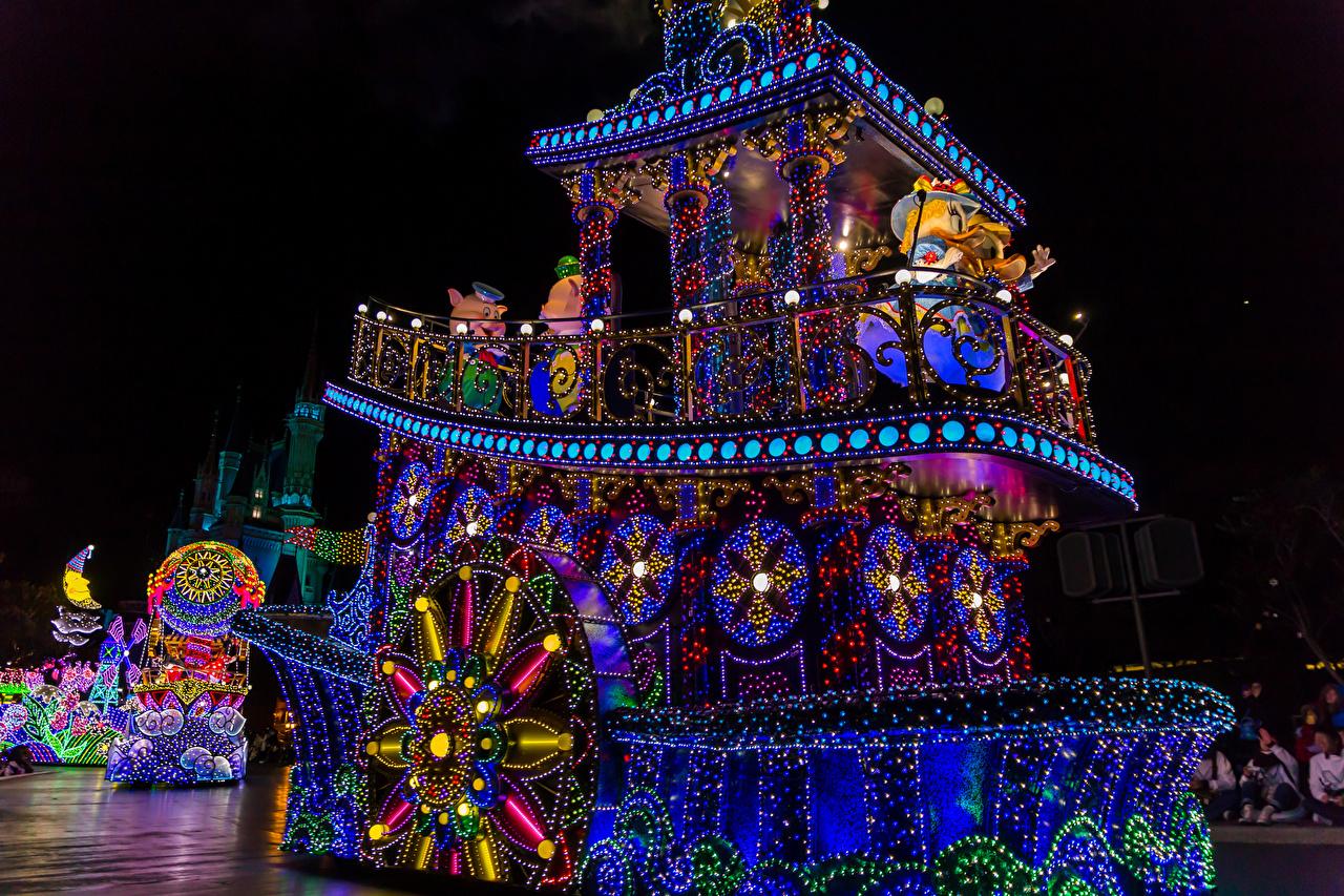 Обои Токио Диснейленд Япония Природа Парки Корабли Ночь Гирлянда Дизайн Ночные Электрическая гирлянда