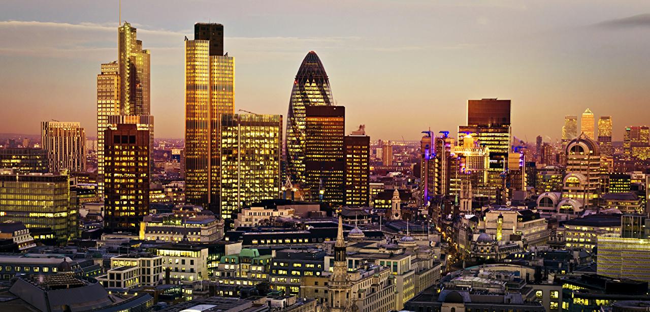 Картинки Лондон Великобритания Вечер Небоскребы Дома город лондоне Города Здания