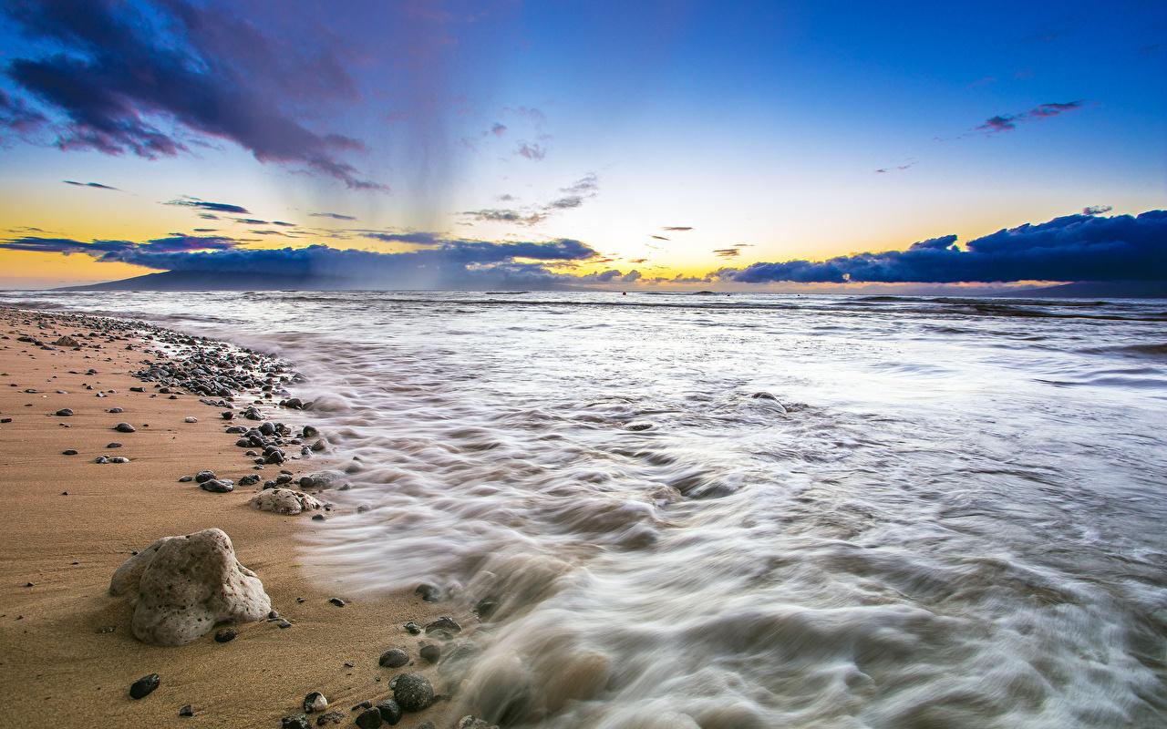 Обои для рабочего стола США State of Hawaii Maui пляжи Море Природа Небо песка Камень штаты америка Пляж пляжа пляже Песок песке Камни