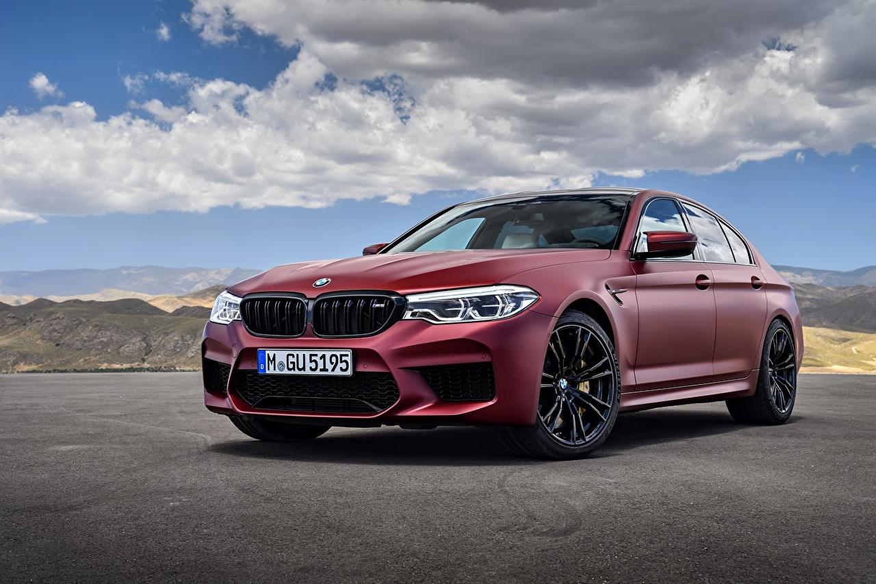 Обои для рабочего стола BMW M5 M5 First Edition 2017 F90 Седан бордовая Автомобили БМВ Бордовый бордовые темно красный авто машина машины автомобиль