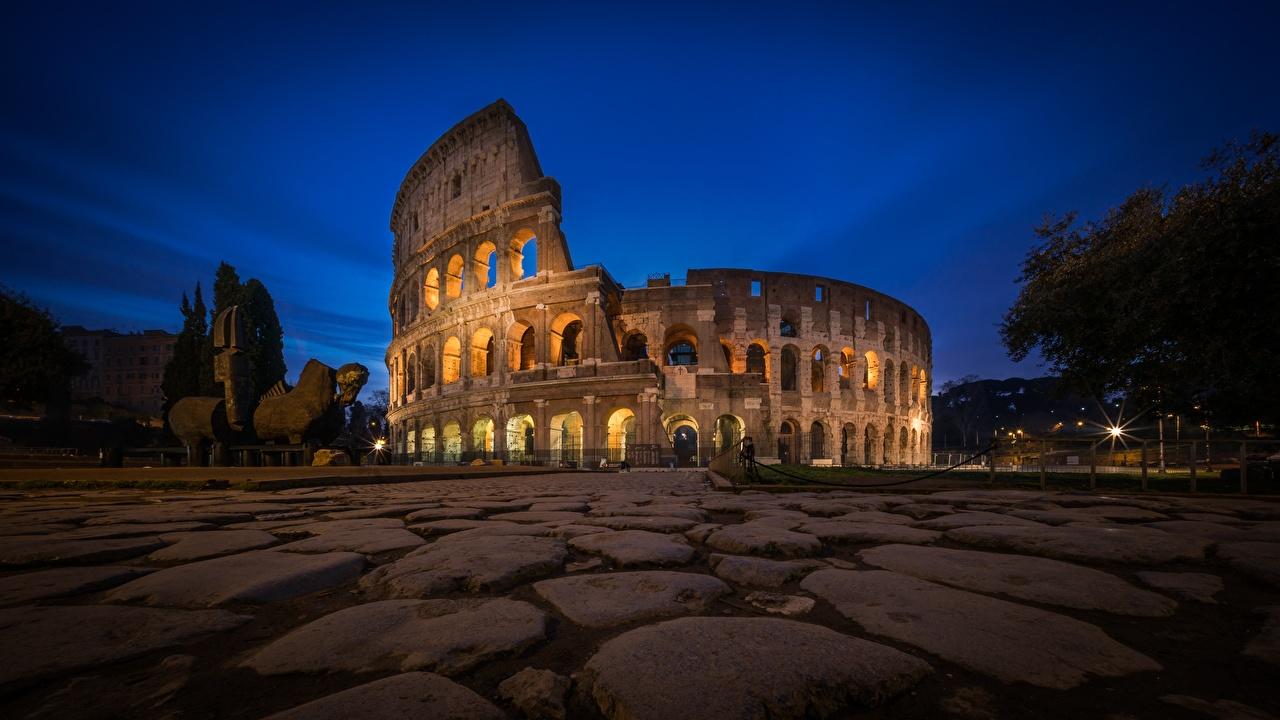 Фотография Рим Колизей Италия Камни ночью Тротуар город Ночь в ночи Ночные Камень Города