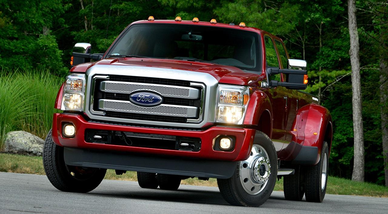 Картинка Форд F-450, Super Duty Platinum Crew Cab, 2015 Пикап кузов Красный Спереди автомобиль Ford красная красные красных авто машины машина Автомобили