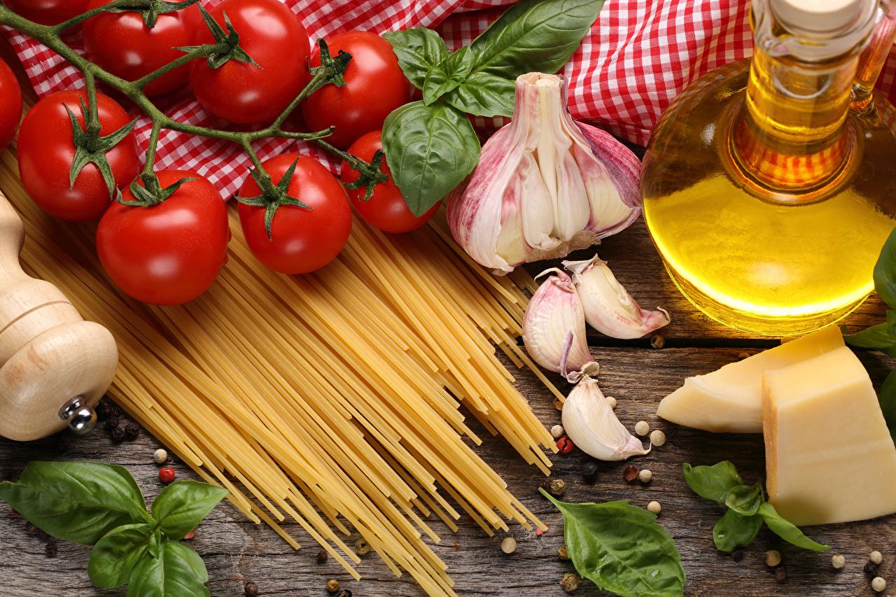 Картинка Макароны Помидоры Сыры Чеснок Еда Томаты Пища Продукты питания