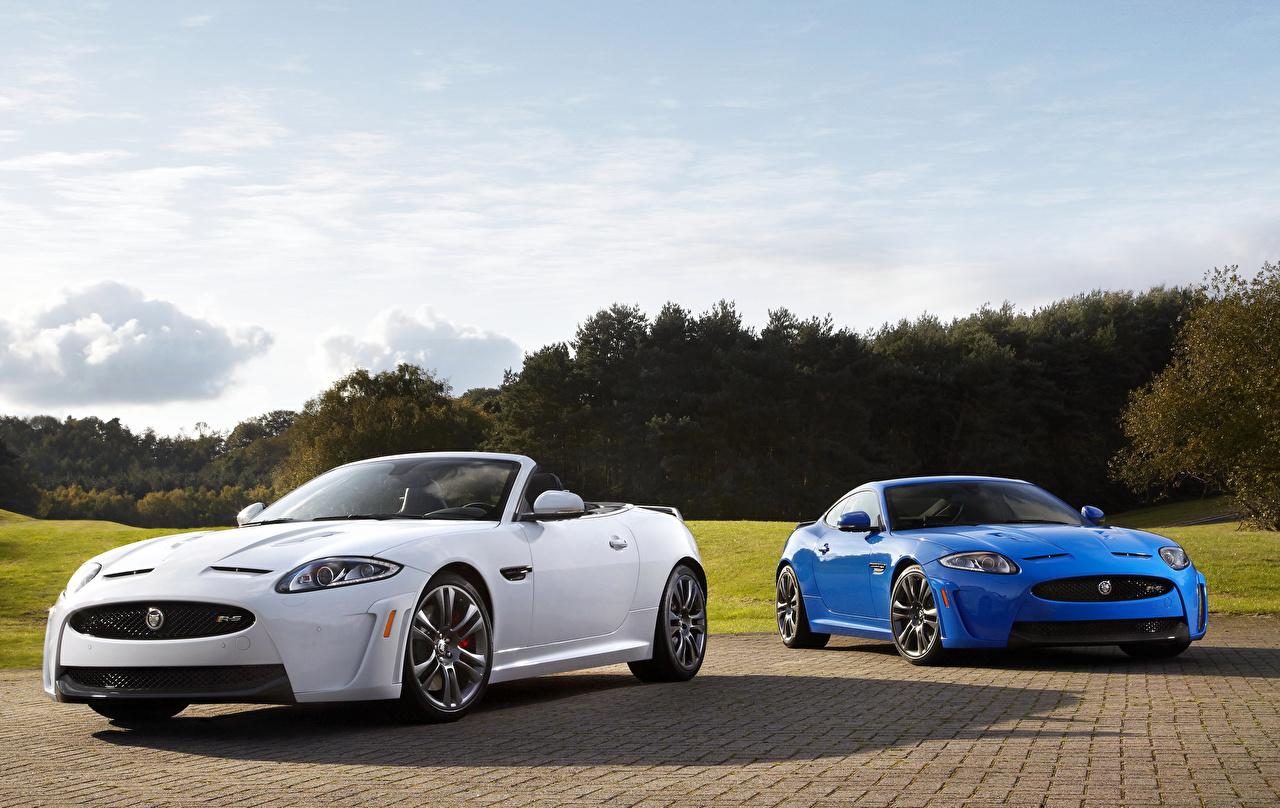 Фото Jaguar 2012 XKR-S Кабриолет Двое белая Голубой Автомобили Ягуар кабриолета 2 два две Белый белые белых вдвоем голубая голубые голубых авто машины машина автомобиль