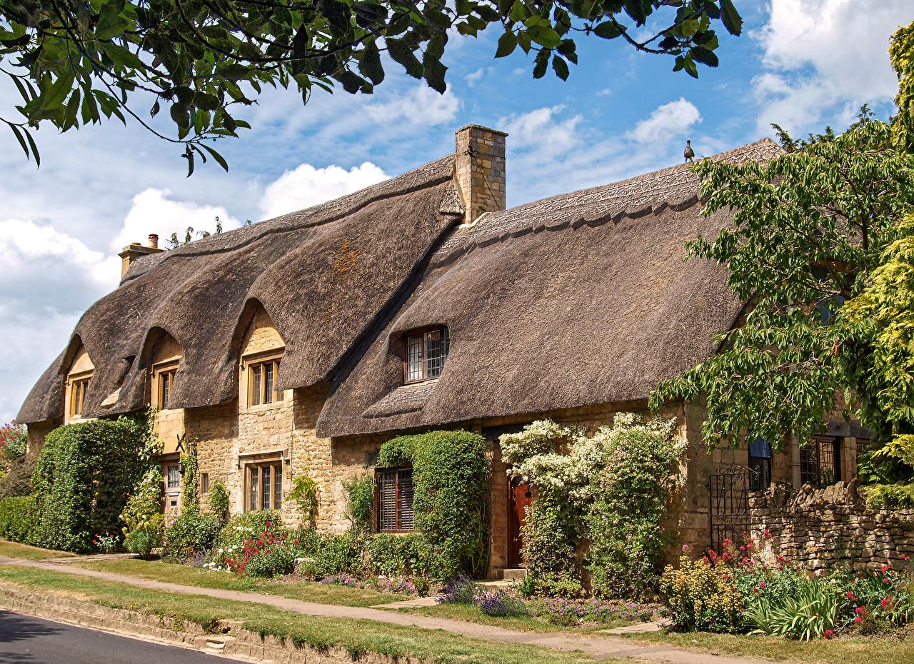 Картинки Англия Chipping Campden, Gloucestershire краши улиц Дома Города Крыша крыше улице Улица город Здания