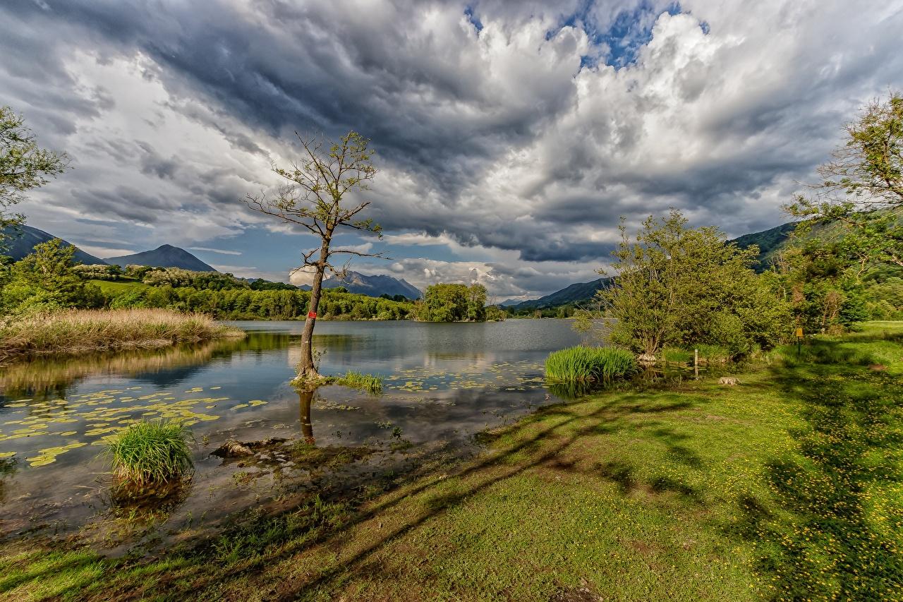 Фотография Франция Sainte-Hélène-du-Lac, Savoie Горы Природа Небо речка Облака гора Реки река облако облачно