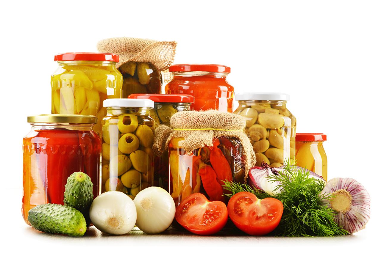 Фотография Огурцы Помидоры Банка Чеснок Пища Овощи Томаты банке банки Еда Продукты питания