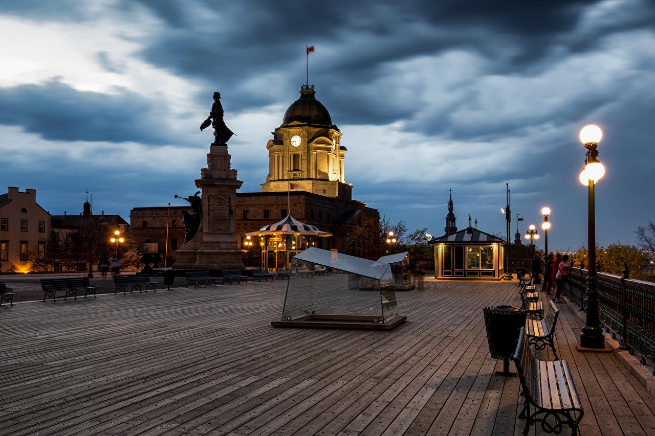 Фотографии Квебек Канада Памятники Вечер Скамья Уличные фонари город скульптура Скамейка Города Скульптуры