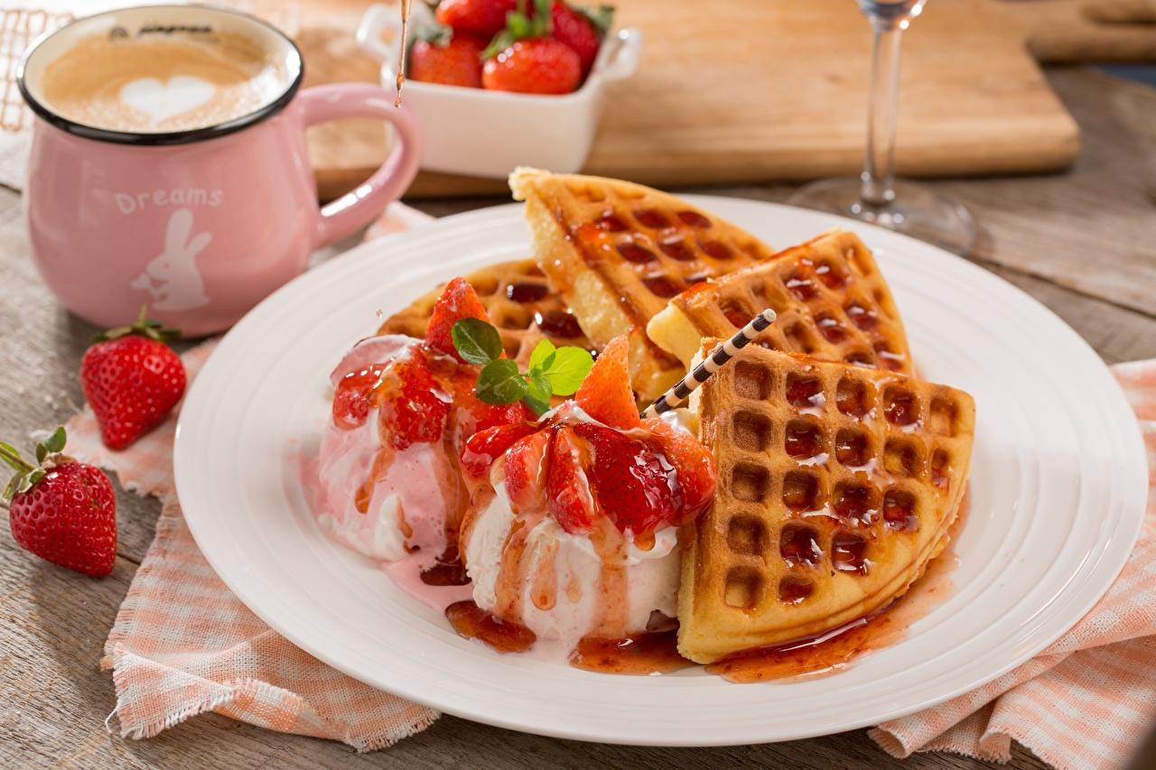 Фото вафля Мороженое Десерт Клубника Пища Вафли Еда Продукты питания