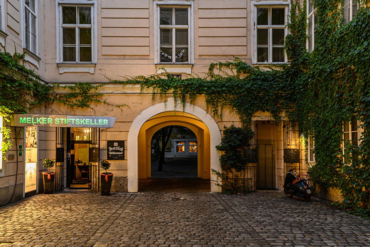Фотографии Вена Австрия арки улице Вечер Дома Города Арка улиц Улица город Здания