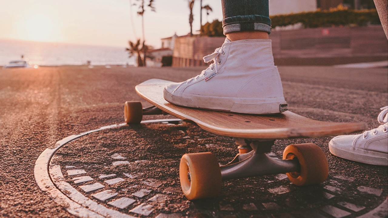 Картинка кедами Скейтборд Крупным планом Кеды кедах Роликовая доска вблизи