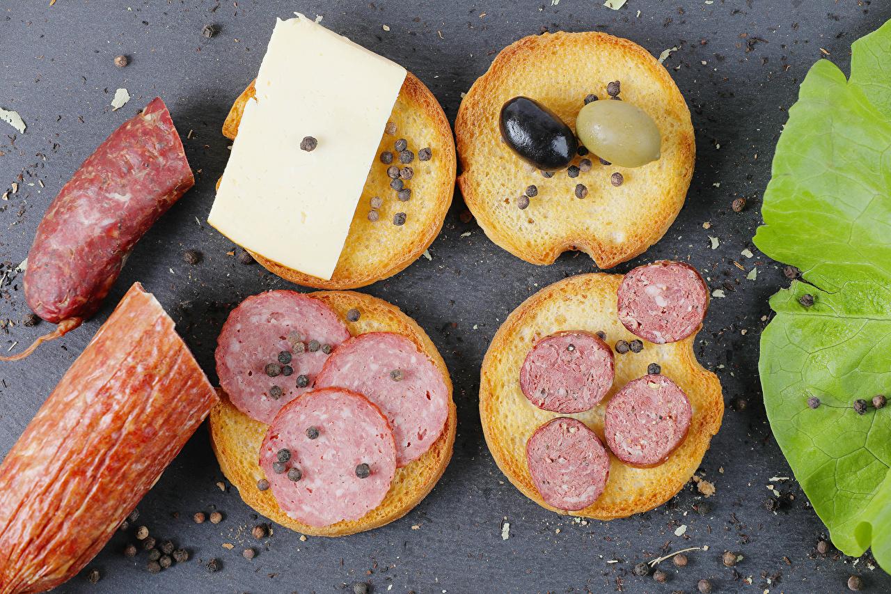 Картинки Оливки Колбаса Перец чёрный Сыры Хлеб Бутерброды Продукты питания бутерброд Еда Пища