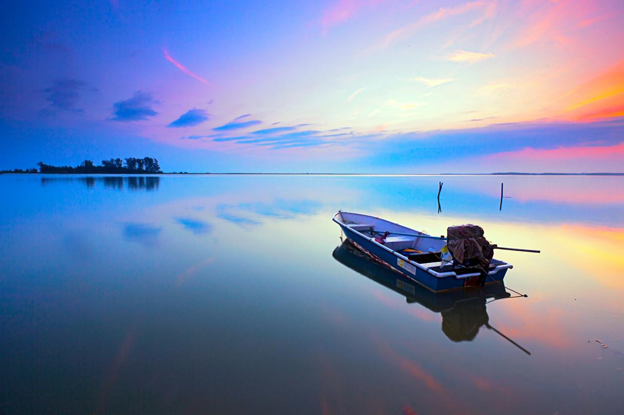 Лодка над небом