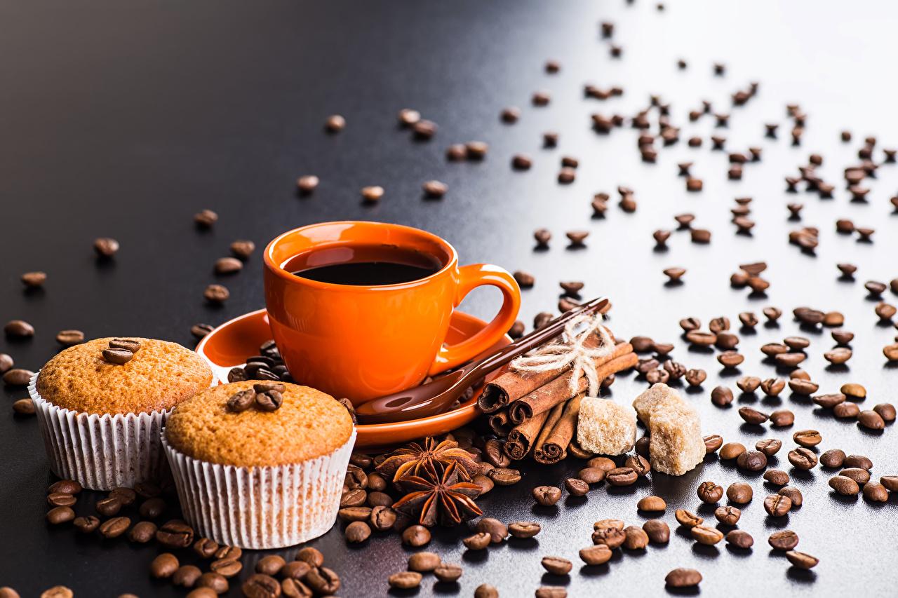 Фото Кофе Кекс Бадьян звезда аниса Зерна Корица Пища Чашка зерно Еда чашке Продукты питания