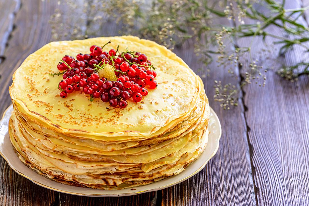 Картинки Блины Смородина Пища Доски Еда Продукты питания
