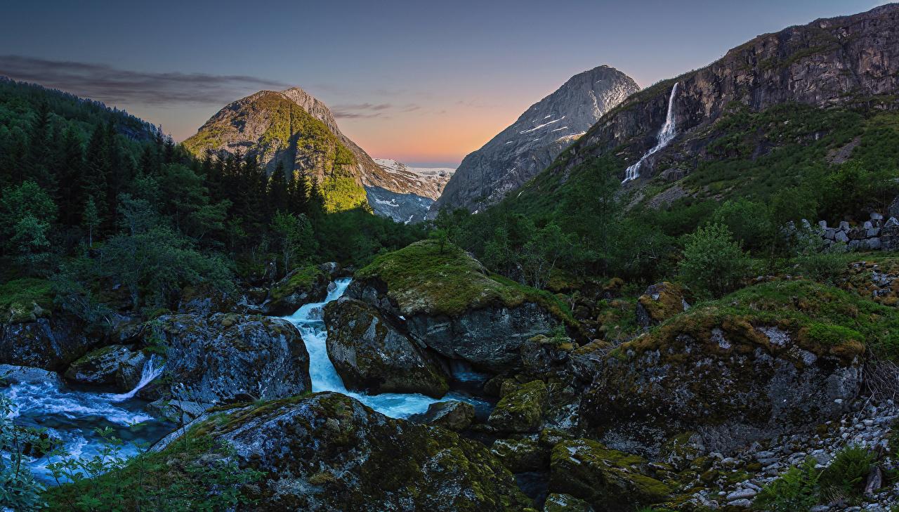 Фотография Норвегия Oldedalen Горы Ручей Природа мхом Камень гора ручеек Мох мха Камни