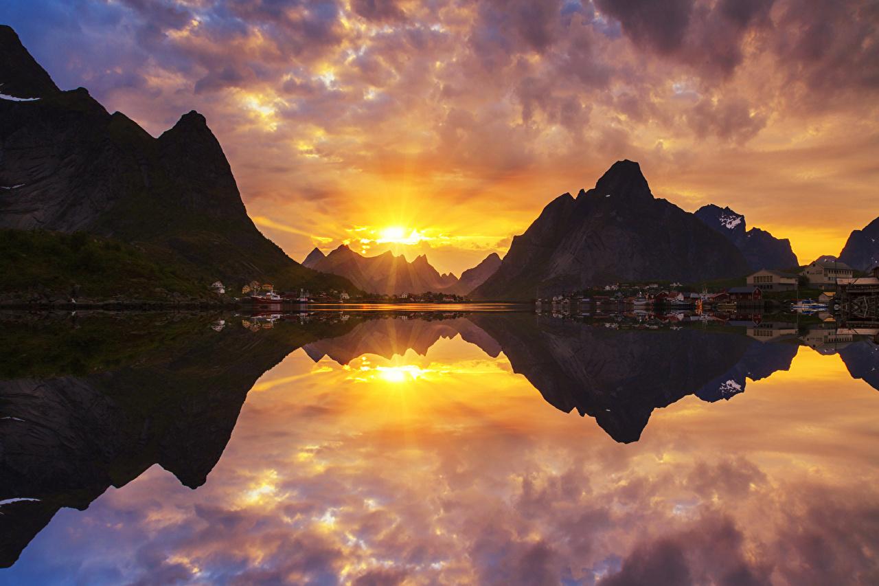 Фотография Норвегия гора Природа рассвет и закат Залив Дома Горы Рассветы и закаты заливы залива Здания