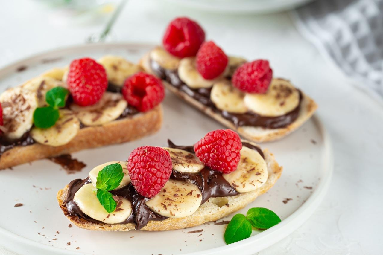 Картинка Шоколад Бананы Малина бутерброд Еда Бутерброды Пища Продукты питания