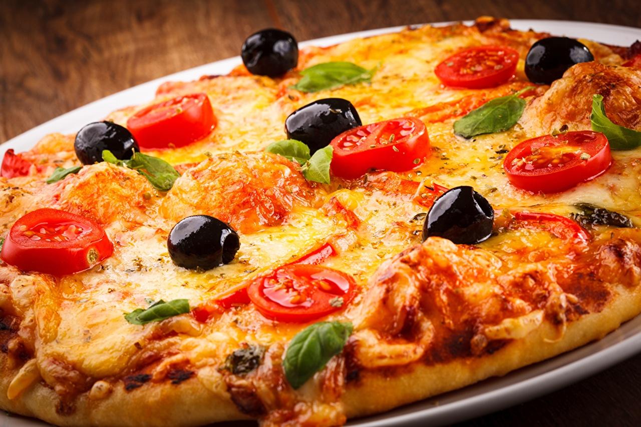 Картинки Пицца Оливки Фастфуд Продукты питания Крупным планом Быстрое питание Еда Пища вблизи