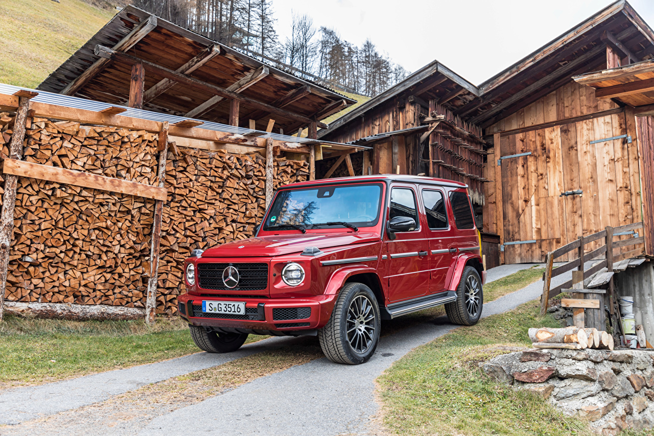 Фотографии Mercedes-Benz SUV 2019 G 350 d AMG Line Worldwide Красный Авто Металлик Мерседес бенц Внедорожник Машины Автомобили