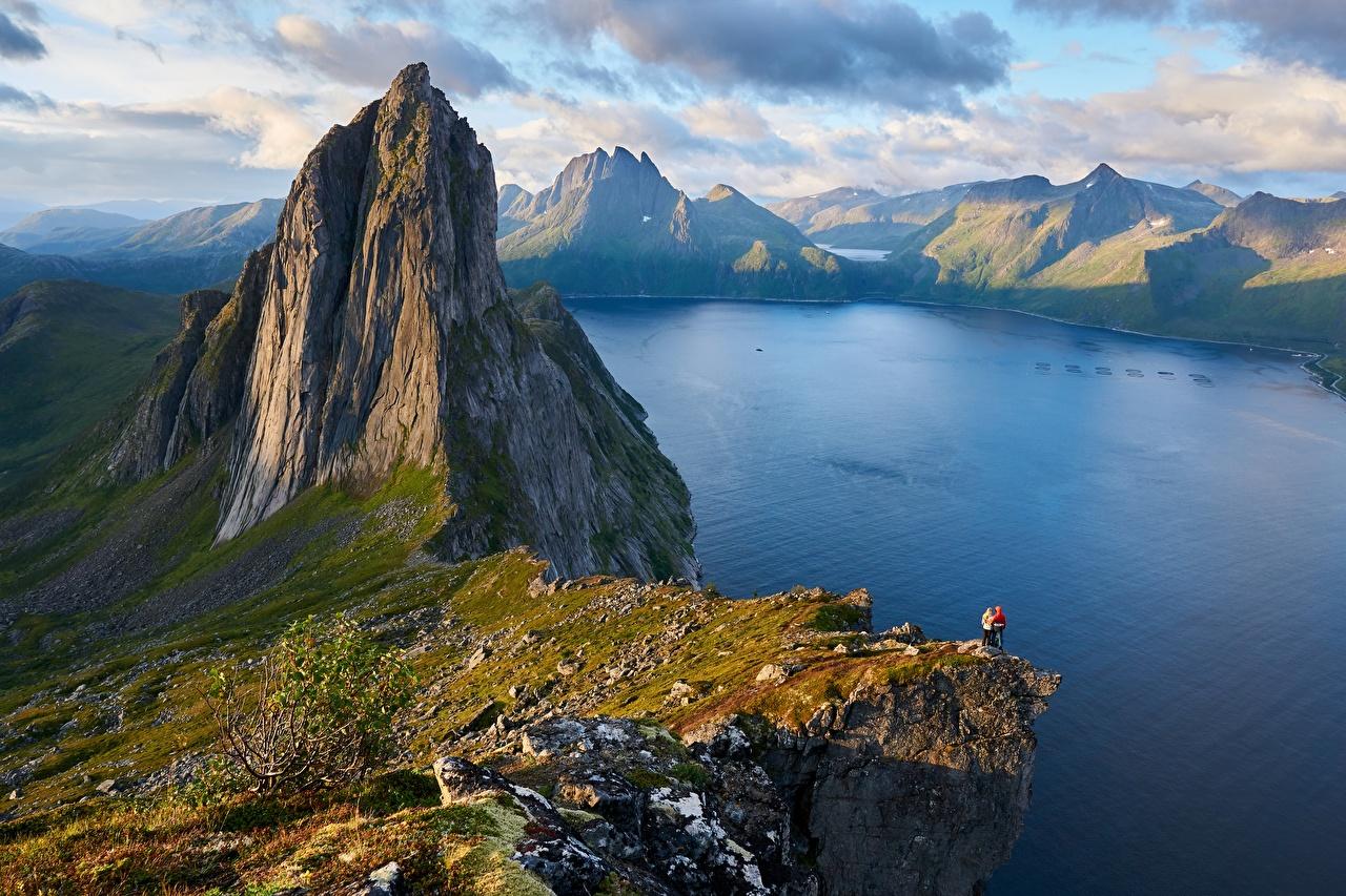 Фотография Природа Норвегия Fjordgard, Segla Mountain гора скалы Фьорд Пейзаж Горы Утес скале Скала