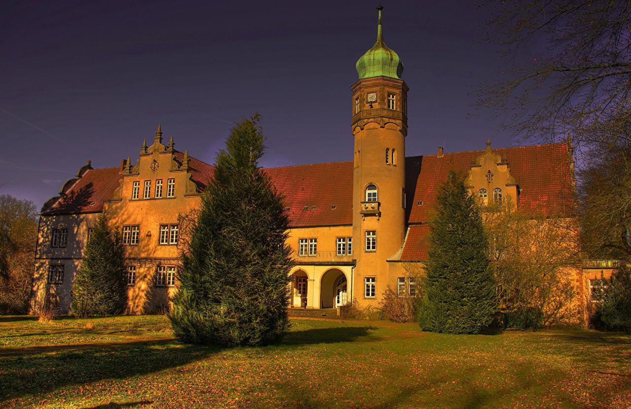 Обои для рабочего стола Германия Castle Ulenburg HDRI ели замок Города HDR Ель Замки город