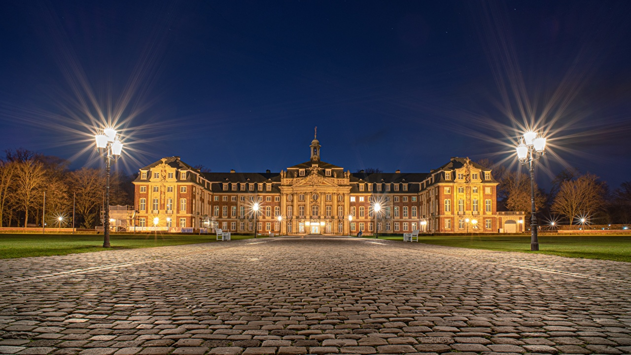 Фотографии Дворец Германия Muenster, North Rhine-Westphalia Ночные Уличные фонари город дворца Ночь ночью в ночи Города