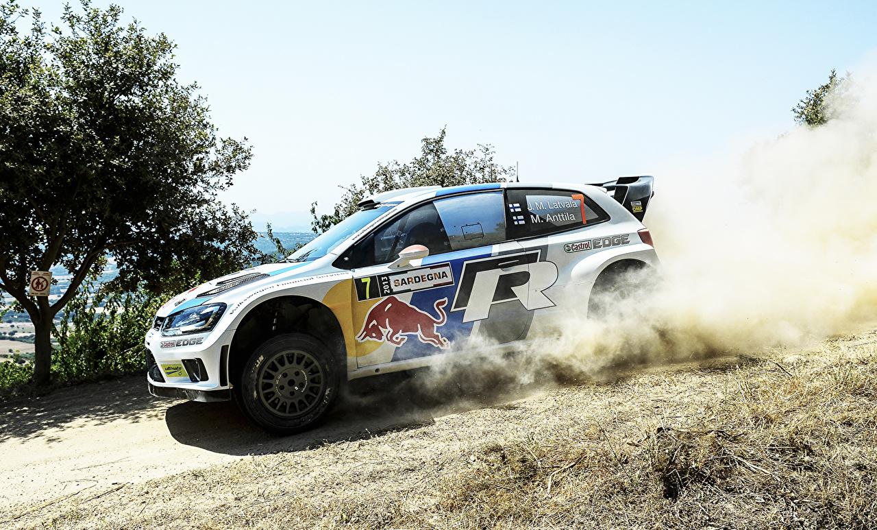 Фото Стайлинг Фольксваген гонки Polo WRC Jari-Matti Latvala 7 Сбоку Автомобили Volkswagen Тюнинг Ралли авто машины машина автомобиль