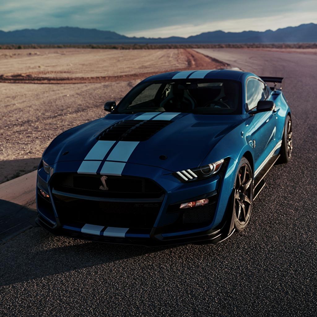 Картинки Форд Shelby GT500 2019 синие машина полосатый Ford синяя Синий синих авто машины Полоски полосатая Автомобили автомобиль