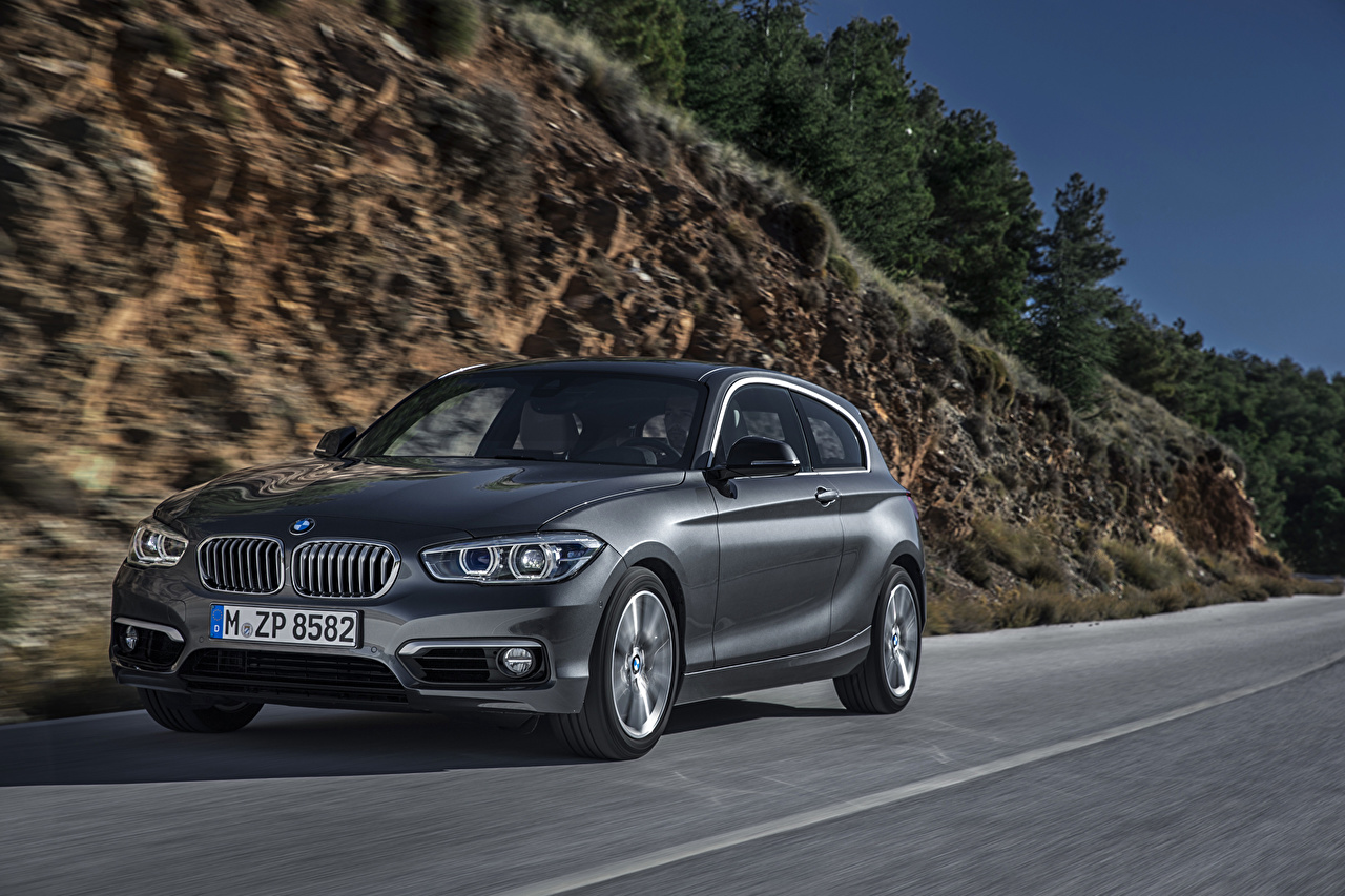 Фотография БМВ 2015 120d Urban Line серая Автомобили BMW Серый серые авто машины машина автомобиль