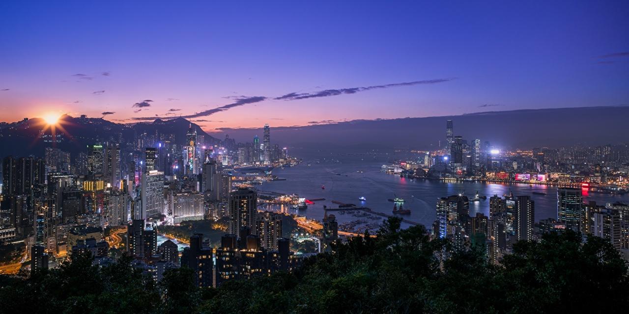 Обои для рабочего стола Гонконг Китай в ночи заливы Дома город Ночь Залив ночью Ночные залива Города Здания