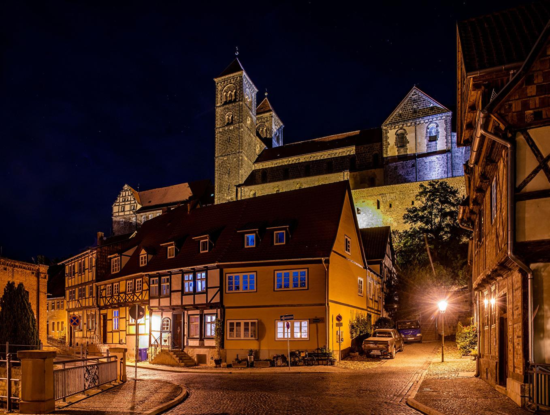 Фотографии Германия Quedlinburg улице Ночь Уличные фонари Дома Города улиц Улица ночью в ночи Ночные город Здания