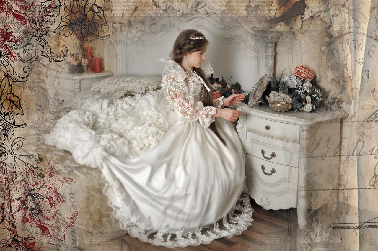 Фото Невеста Шатенка Девушки Сидит Платье невесты шатенки девушка молодые женщины молодая женщина сидя сидящие платья