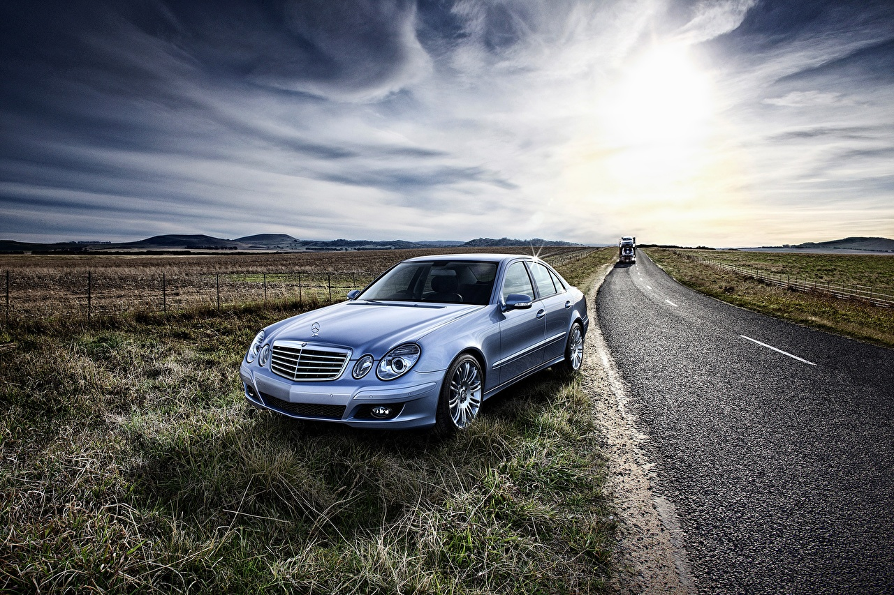 Обои Mercedes-Benz E-Class W211 Дороги автомобиль Мерседес бенц авто машина машины Автомобили