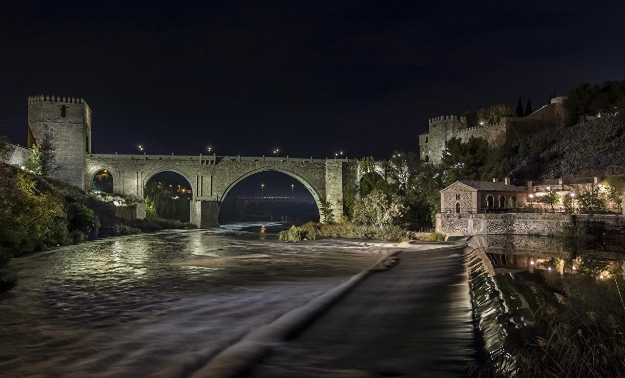 Фото Толедо Испания Крепость Мосты Ночь речка Города Реки Ночные