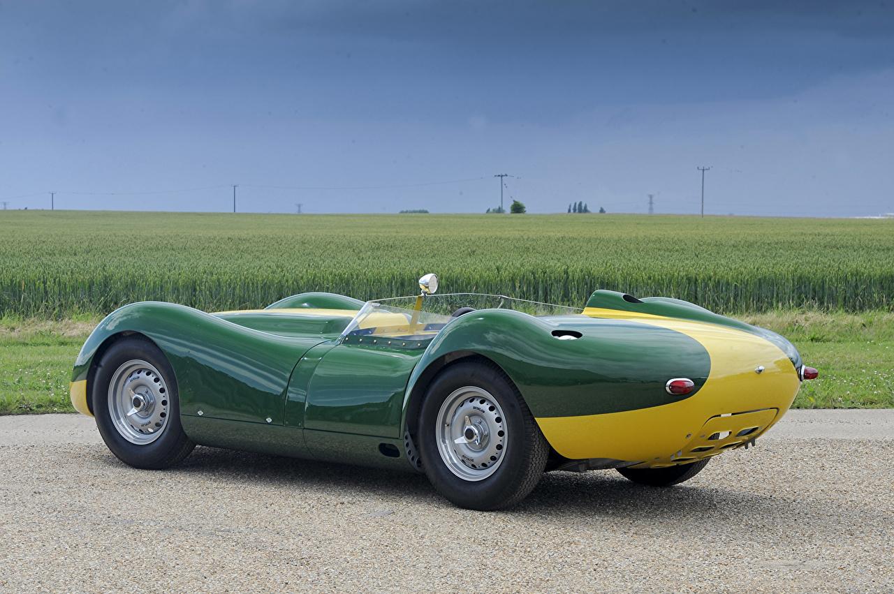 Фотография 2016 Lister Knobbly Stirling Moss Edition зеленых авто Металлик Зеленый зеленые зеленая машина машины автомобиль Автомобили