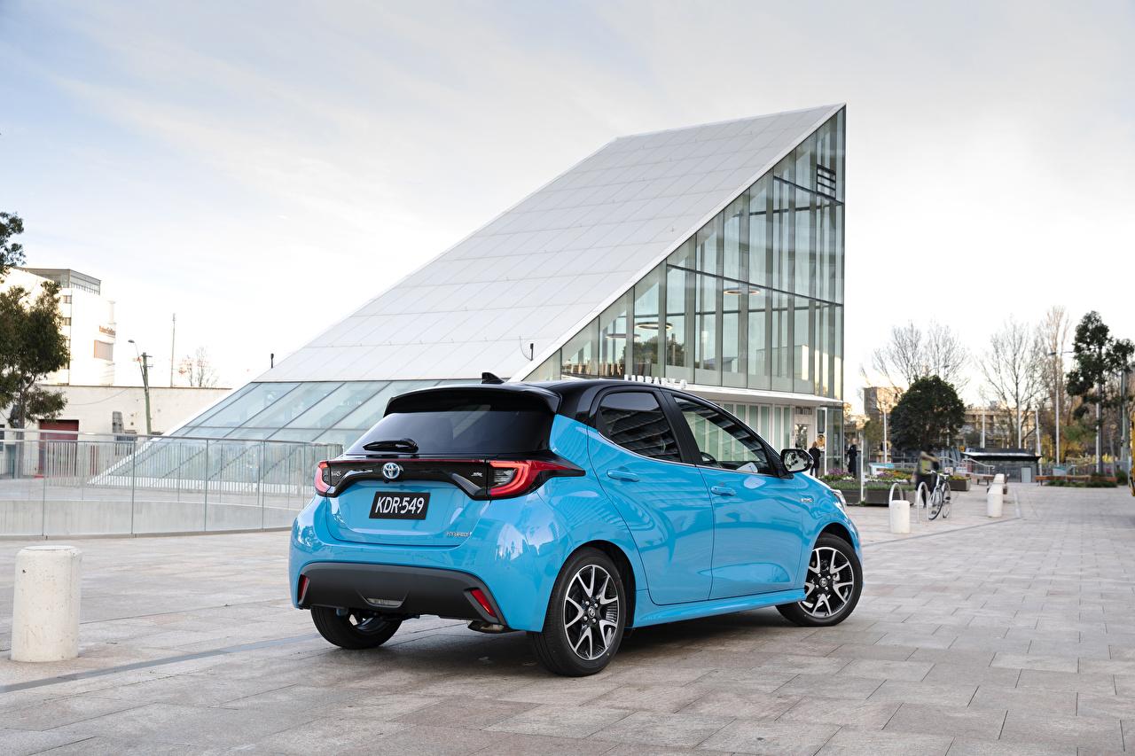 Обои для рабочего стола Toyota Yaris ZR Hybrid, AU-spec, 2020 голубых машины Металлик Тойота голубая голубые Голубой авто машина Автомобили автомобиль