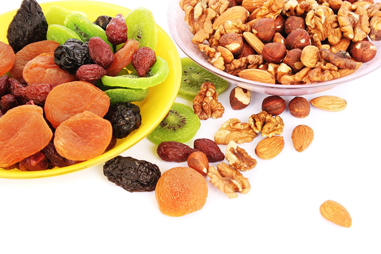 Обои для рабочего стола Киви Сливы Фрукты Продукты питания Орехи Еда Пища